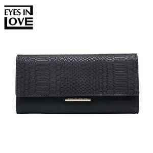 Handbags - lady purse with crocodile color black